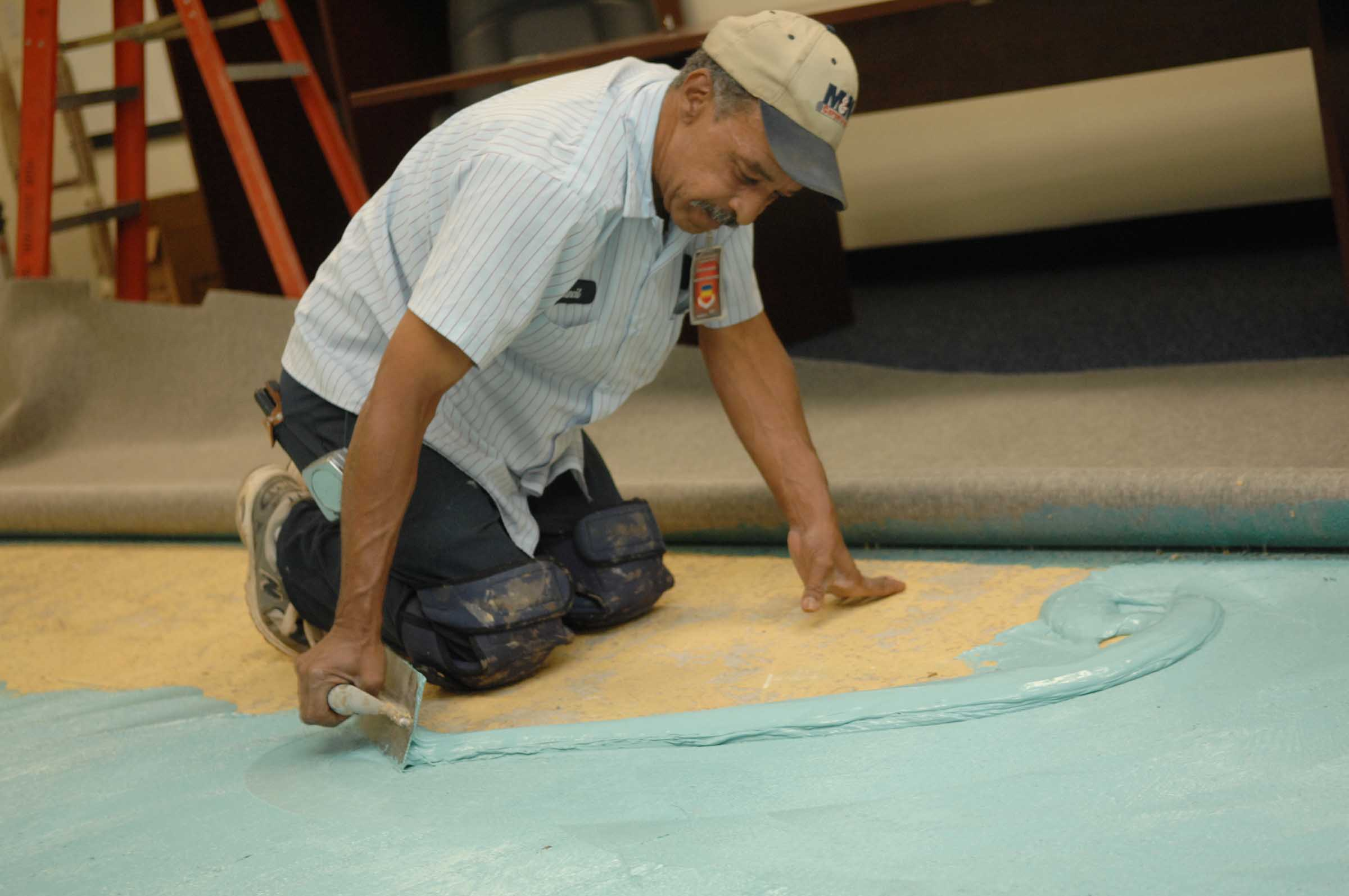 Best Work Boots For Flooring Installers Introduction