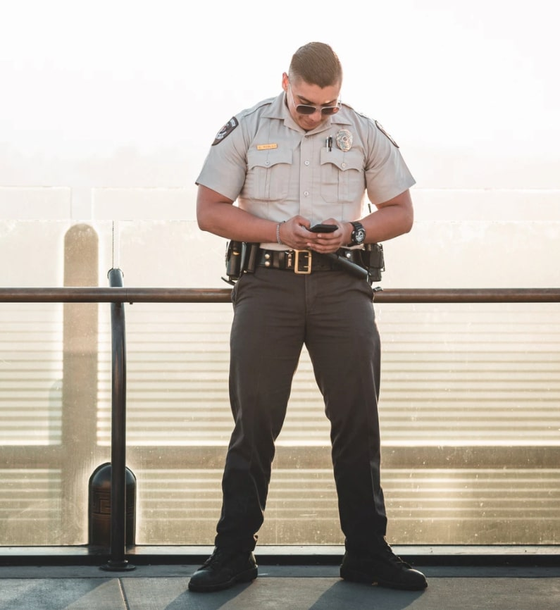 Best Shoes For Security Guards Must Have Features for The Best Shoes for Security Guards
